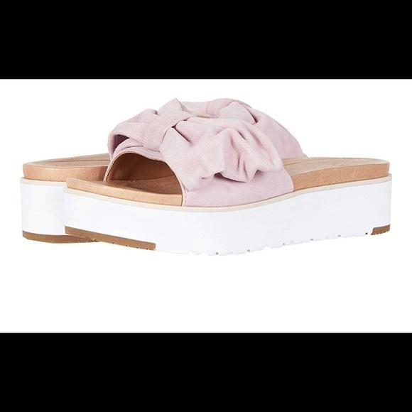b68f8955659a UGG Joan SeaShell Pink Suede Leather Sandal. M 5be2353e1b3294232192552e